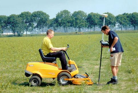 aanleg maisdoolhof met gps